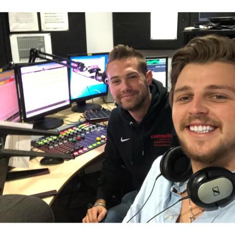 henry radio